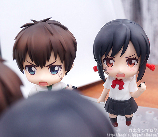 Taki & Mitsuha Nendoroids - words on face